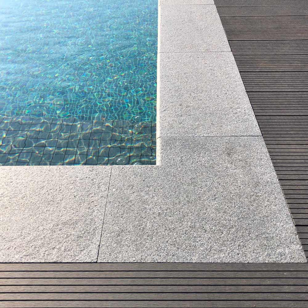 Kantsten till pool