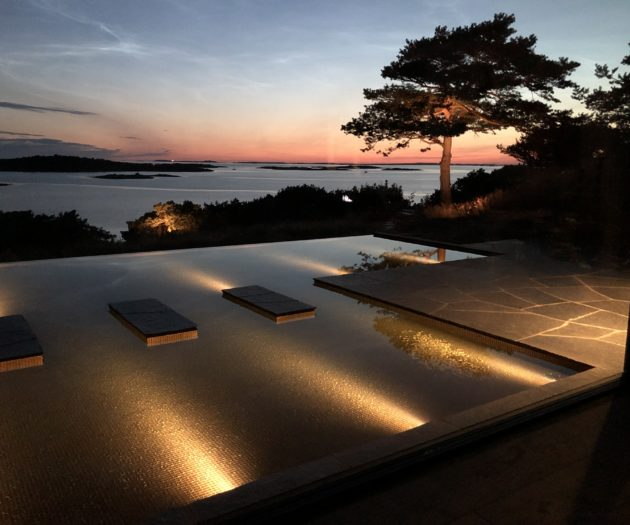 Ett kvällsdopp i en egen pool slår det mesta