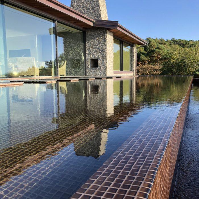 En egen pool på tomten kan vara er bästa investering