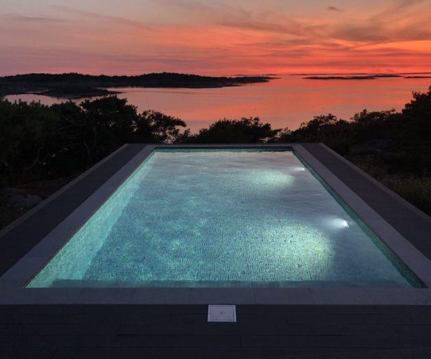 En pool är skönt att sitta i vid soledgången